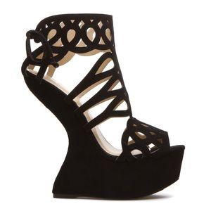 NEW Shoedazzle Black Platform Heel-less Wedges